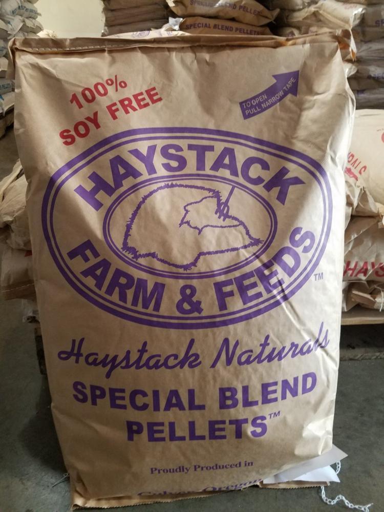 haystack_special_blend_pellets
